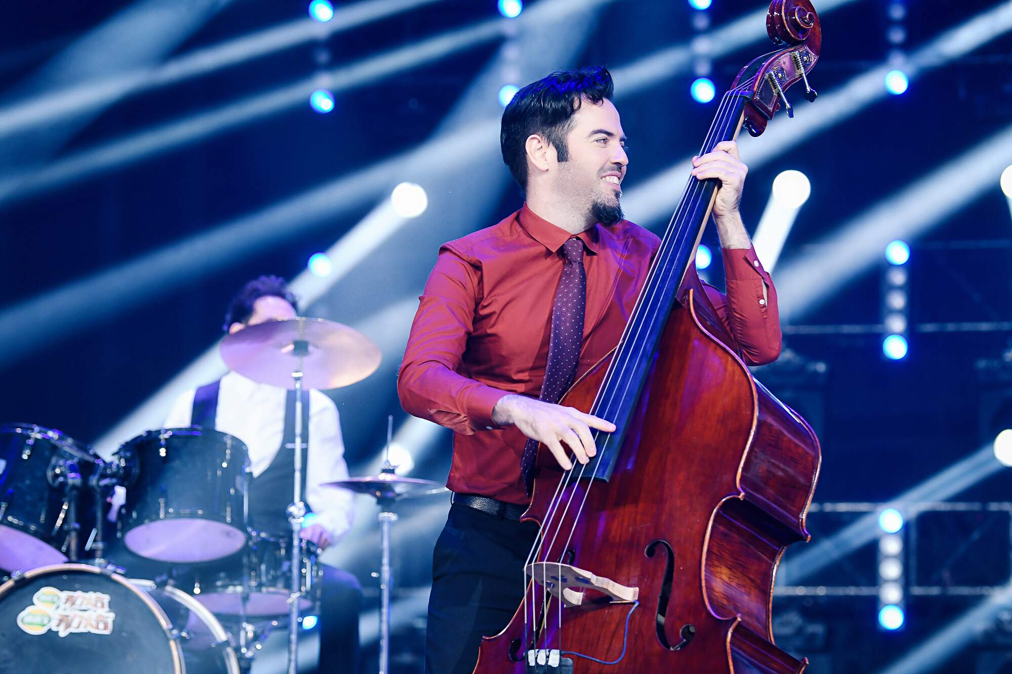 Andy Santana Bass player double bass musc jazz concert musica bajista contrabajo